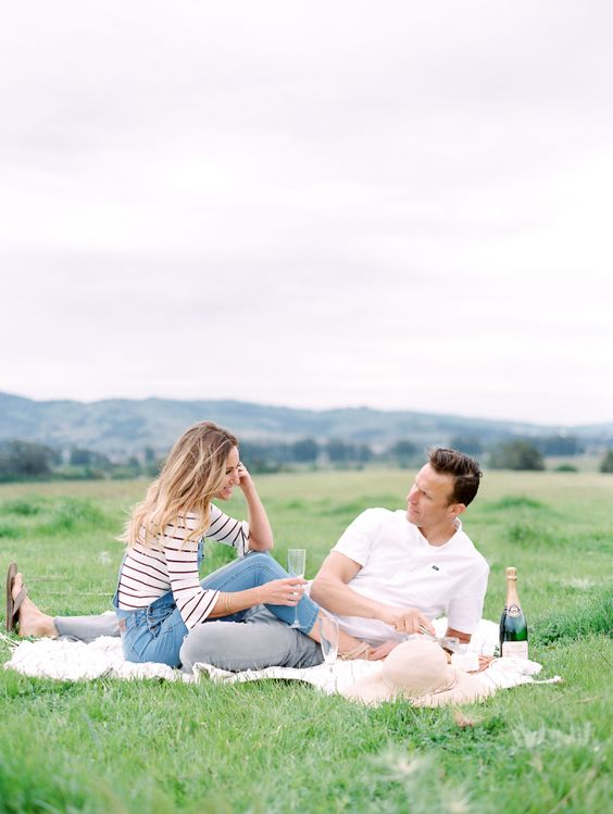 Couple portrait at picnic