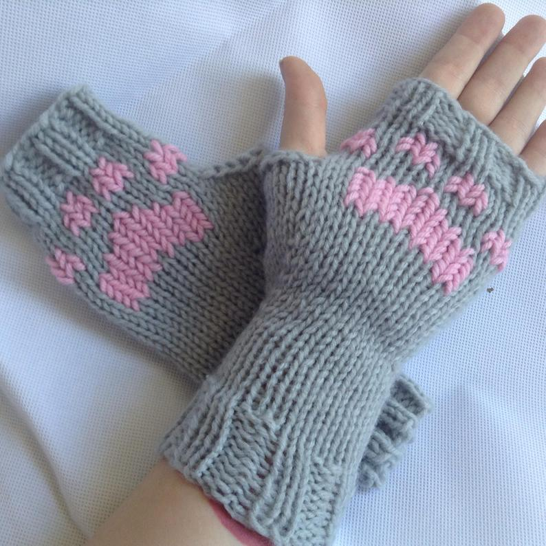Cat Gloves as christmas gifts for cat lovers