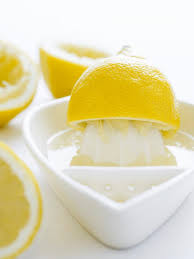 Cleaning with the Lemon Juice